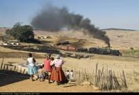 l'Africa si arricchisce di un nuovo suono: il fischio del treno