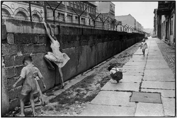 Cartier Bresson 1962 il muro di Berlino