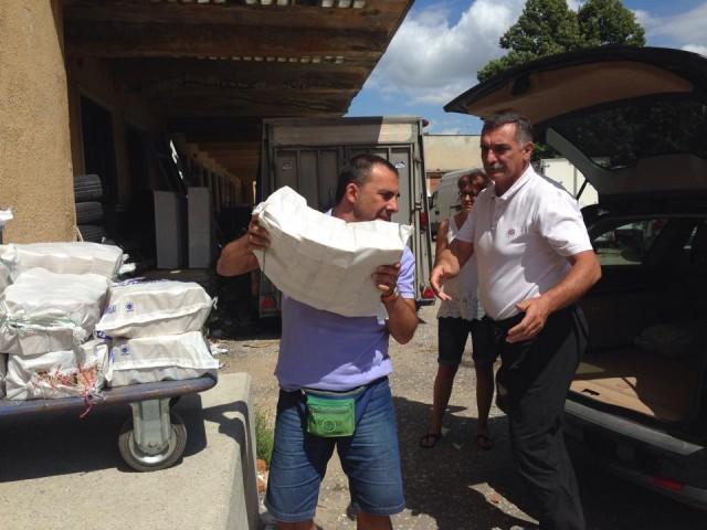 aiuti-ai-bambini-campi-profughi-dasinistra-DiVinti-Locati