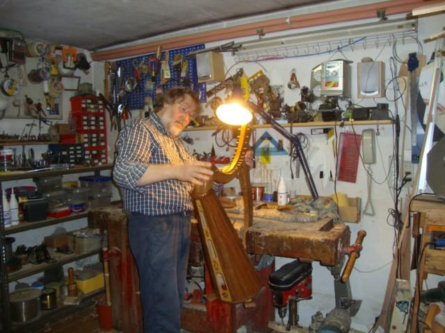 Michele Sangineto nel suo atelier