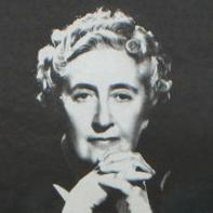Agatha Christie, l'infermiera che divenne Regina del Giallo