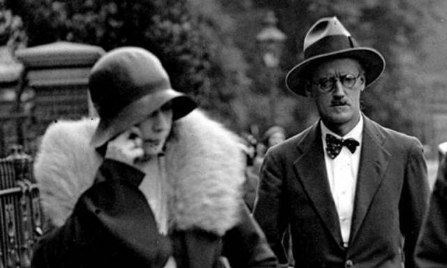 James Joyce con la moglie Nora Barnacle