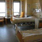 800px-Hospital_room_ubt