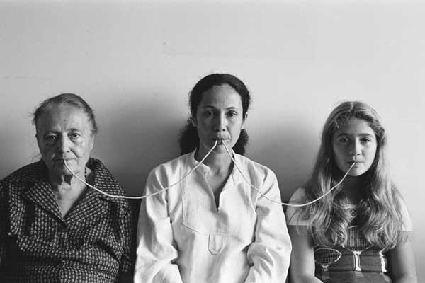 Anna MAria Maiolino - Por um fio, 1976