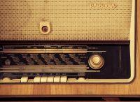Manda sms alla radio e non si toglie più la vita