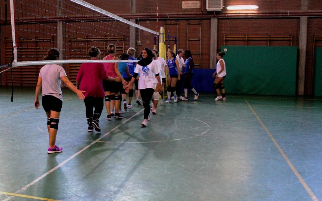 torneo-pallavolo-upf-7-saluto