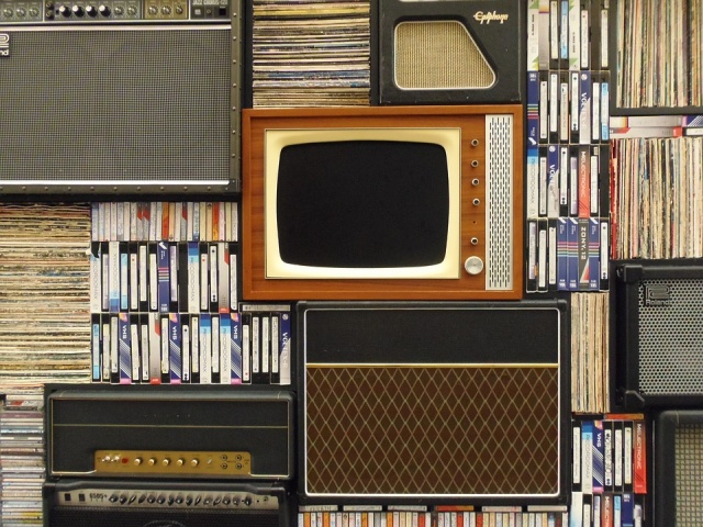 old-tv-1149416_960_720