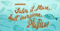 Plastica in spiaggia? Manda un Whatsapp a Greenpeace
