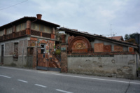 Il villaggio nato sui mattoni