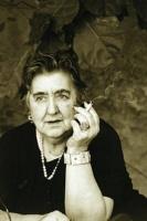 Alda Merini, poetessa della porta accanto