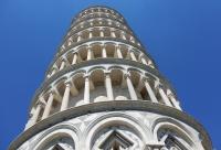 La Torre di Pisa pende meno ed è più stabile
