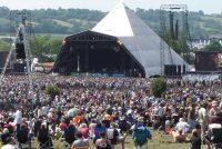 Il Festival di Glastonbury vieta la plastica