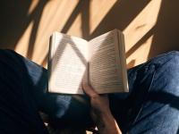Leggi che ti passa: tre consigli di lettura