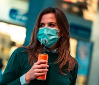 SafeTrick: bere senza togliere la mascherina
