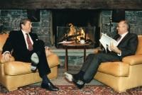 Reagan_Gorbaciov