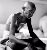 """Muore il Mahatma, la """"Grande Anima"""""""