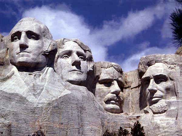 Il monumento nazionale del Monte Rushmore: il volto di Lincoln è il primo a destra. Gli altri, da sinistra, Washington, Jefferson e Roosevelt.