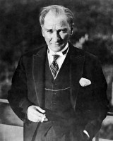 Da Mustafa Kemal ad Ataturk, dall'Impero alla Repubblica