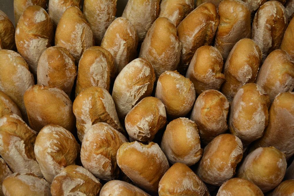 La prima cesta di pane è pronta a partire
