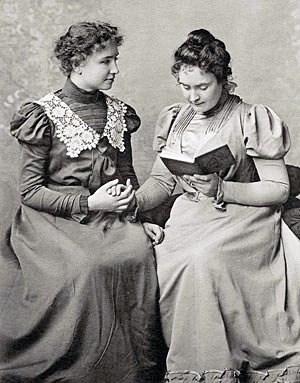 Helenkellerannesullivan1898