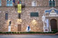 Big Clay di Urs Fischer a Firenze