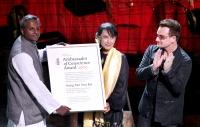 """Amnesty International revoca il premio """"Ambasciatore della coscienza"""" a Aung San Suu Kyi"""