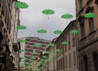 Da Monza a Milano, con l'ombrello verde in mano!