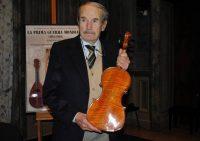 """La storia del """"violino di Auschwitz"""""""
