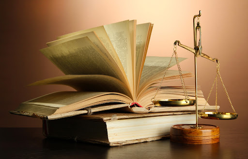 Il simbolo e il diritto
